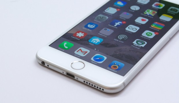 Heres our iOS 8.1 review on the iPhone 6 Plus.